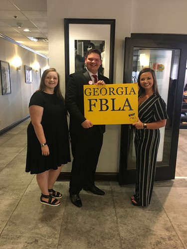 FBLA Students Compete at National competition